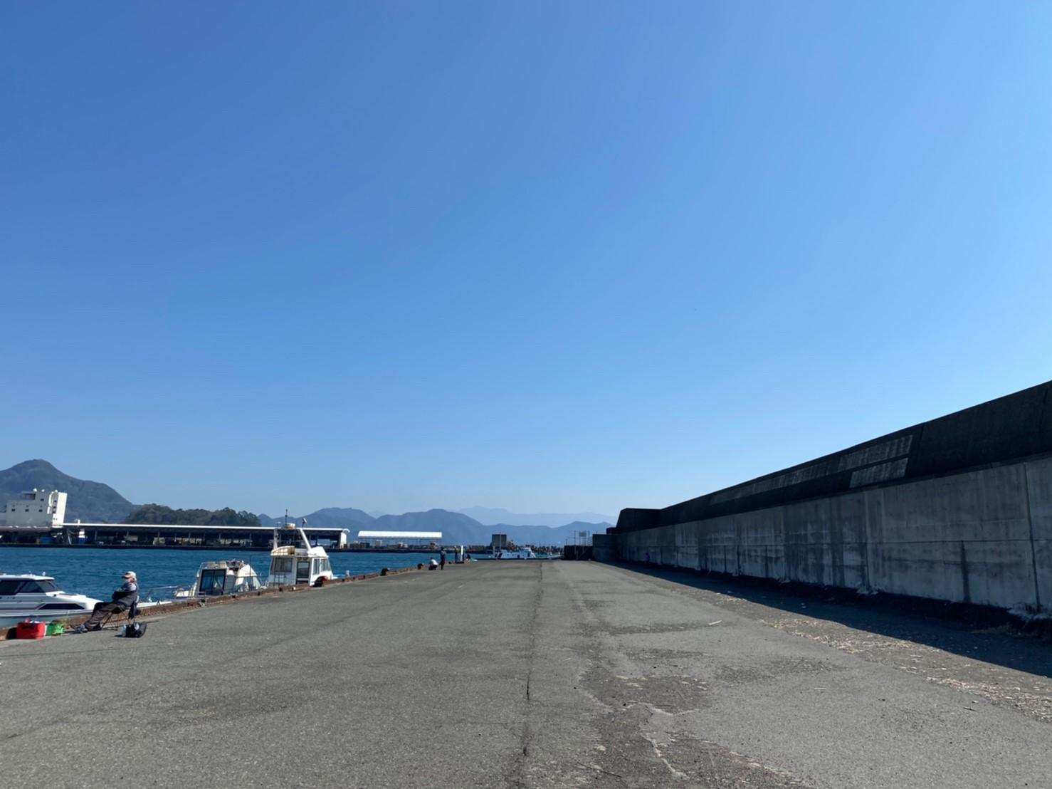 【沼津市】『沼津港』の海釣りガイド(釣れる魚・駐車場・トイレ)