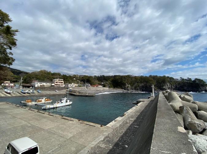【伊豆市】『八幡野港:やはたのこう』の釣り場ガイド(釣れる魚・駐車場・トイレ)