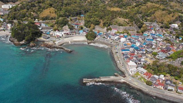 【東伊豆町】『今井浜・ベロバ海岸』の釣り場ガイド(釣れる魚・駐車場・トイレ)