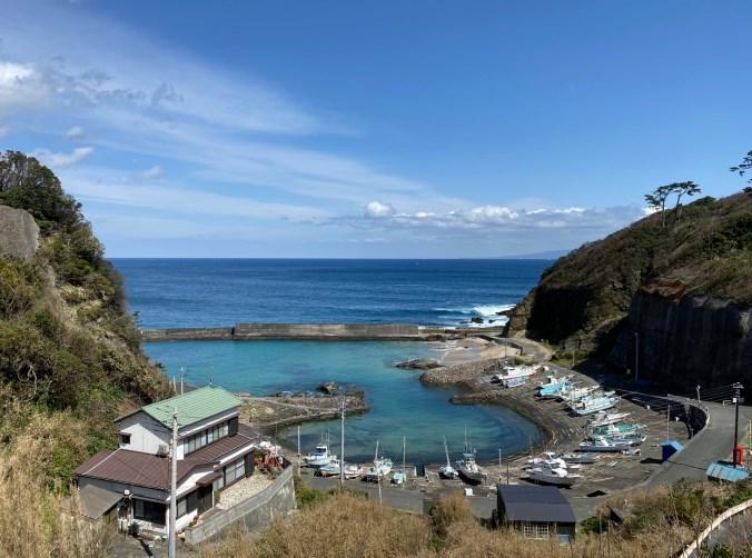 【南伊豆|下田市】『板見港』の釣り場ガイド(釣れる魚・駐車場・トイレ)