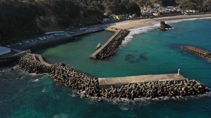 【下田市】『田牛海水浴場』の釣り場ガイド(釣れる魚・駐車場・トイレ)