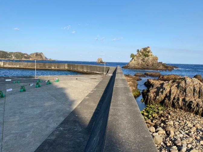 【南伊豆町】『大瀬漁港』の釣り場ガイド(釣れる魚・駐車場・トイレ)