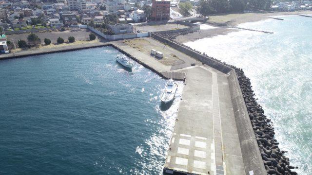 【西伊豆|伊豆市】『土肥海水浴場北側』の釣り場ガイド(釣れる魚・駐車場)