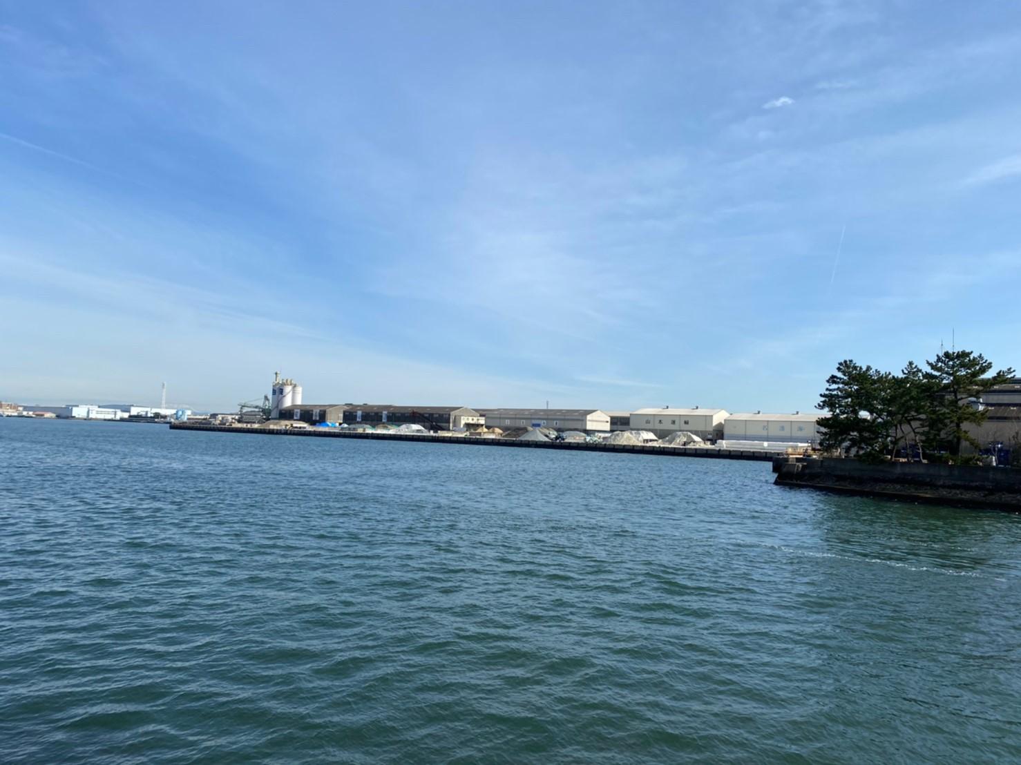 【年中釣れる!】『船見埠頭:ふなみふとう』の釣り場ガイド(駐車場・釣れる魚)
