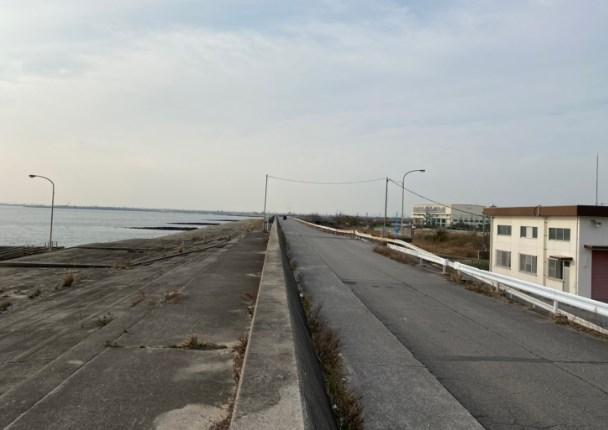 『矢崎川河口:やざきがわかこう』の釣り場ガイド(駐車場・トイレ・釣れる魚)
