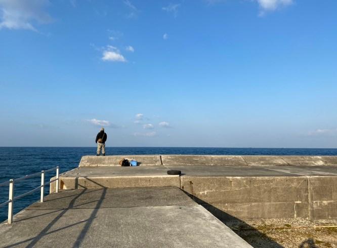 【家族連れに人気!】『富具崎港&野間海水浴場』の釣り場ガイド(駐車場・トイレ・釣れる魚)