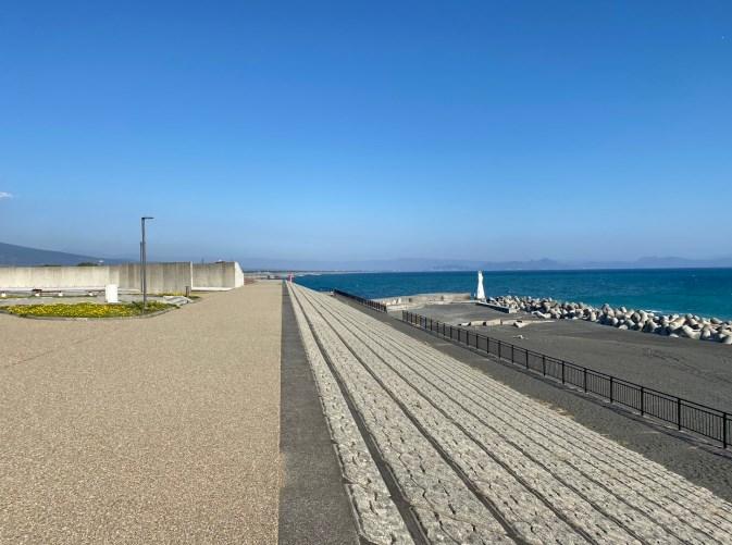 【富士市】『ふじのくに田子の浦みなと公園』海岸付近の釣り場ガイド(釣れる魚・駐車場・トイレ)