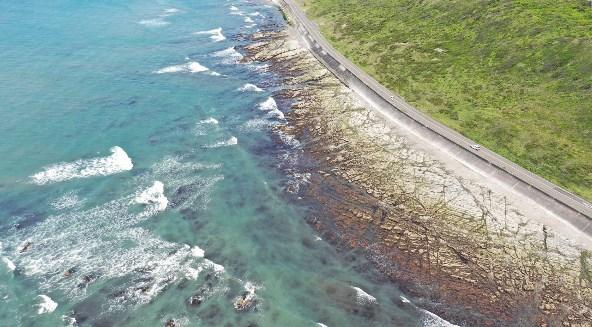 『御前埼灯台~御前崎ロングビーチ』の海釣りガイド(釣れる魚・駐車場・トイレ)