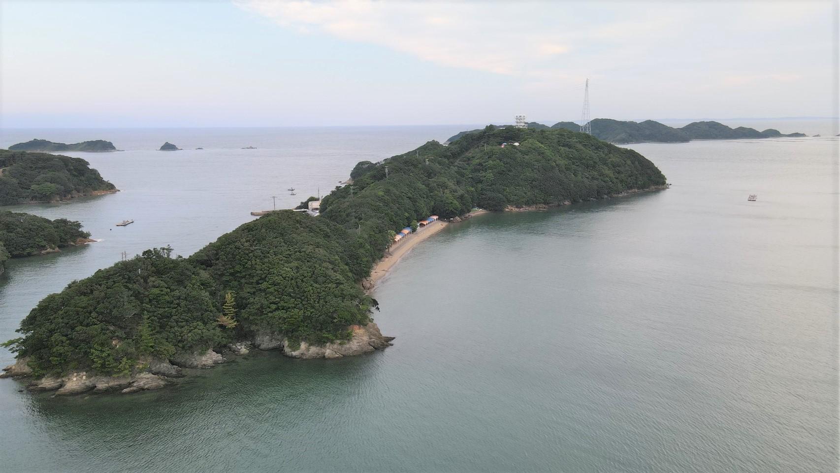 『日向島(いるか島)』の海釣りガイド(釣れる魚・駐車場・トイレ)